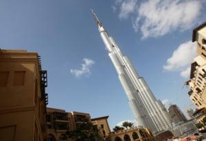 Dubaiul a inaugurat cea mai inalta cladire din lume