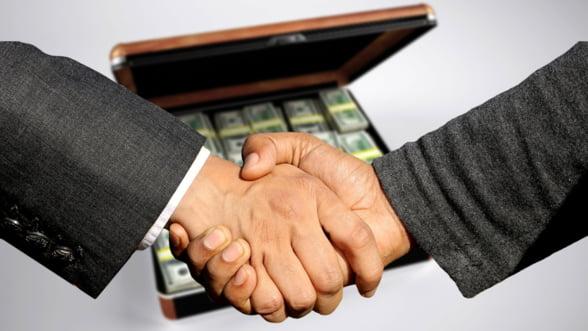 EY: Autoritatile nu au facut nimic pentru a rezolva probleme precum spalarea de bani