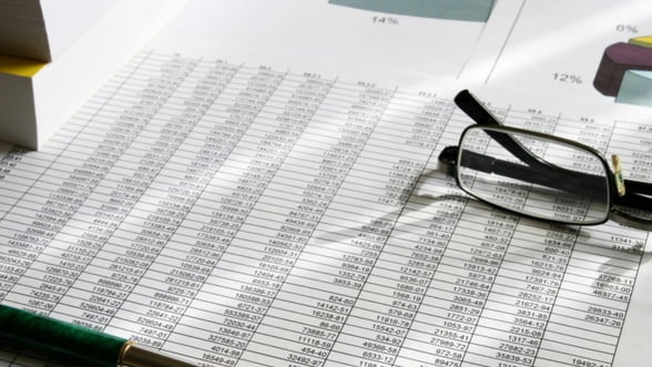 Economia a scazut in trimestrul al treilea. Romania risca o noua recesiune