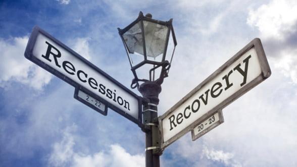 """Economia in 2012, un """"pariu"""" deschis. Vezi parerile specialistilor"""
