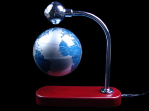 Economia mondiala va evita, probabil, recesiunea