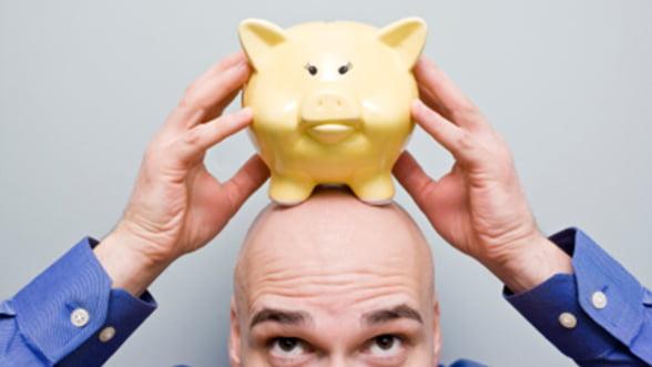 Economii in euro sau in lei? Ce solutii recomanda specialistii