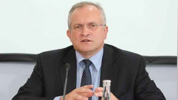 Economist german: De ce datoriile Greciei nu trebuie sterse