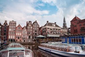 Efectul Brexit: Bursa de la Amsterdam a devansat-o pe cea de la Londra, devenind cea mai importantă din Europa