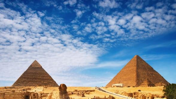 Egiptul subventioneaza zborurile charter, pentru a-si salva turismul