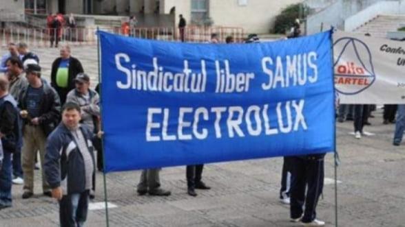 Electrolux inca negociaza cu salariatii