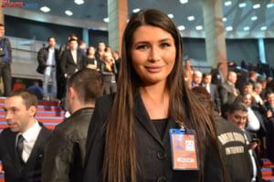 Elena Basescu, atac la Iohannis: Daca majorau salariile pe vremea tatalui meu ieseau cu furci si topoare