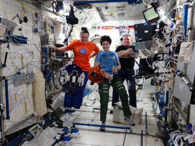 Elevi ai unui liceu din Bucuresti colaboreaza cu NASA si programeaza sateliti de pe Statia Spatiala Internationala