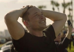 Elon Musk: Interfata creier-cumputer ar putea fi testata pe oameni incepand de anul viitor