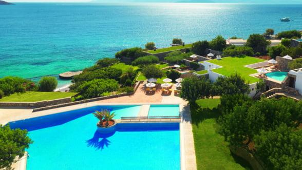 Elounda Mare, perla ascunsa la vedere in cel mai mare golf al Cretei