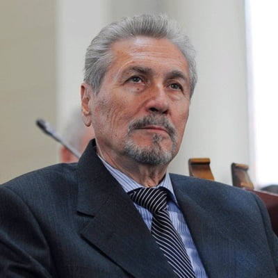 Emil Constantinescu a vorbit cu presa britanica despre piata imobiliera