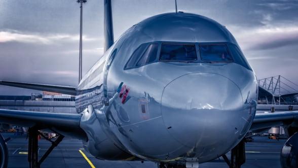 Emirates a comandat 50 de avioane Airbus A350, intr-o tranzactie evaluata la 16 miliarde de euro