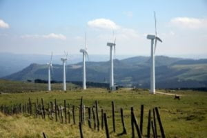 Energia eoliana: potential mare si magnet pentru investitori