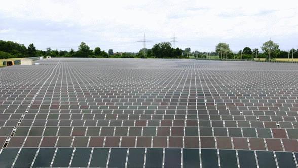 "Energia solara ""explodeaza"" in Romania. Ultima investitie: 5 milioane de euro intr-un parc fotovoltaic in sudul tarii"