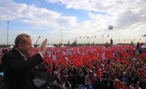Erdogan, iritat de criticile privind palatul prezidential: Imi dau demisia daca gasiti vreo toaleta de aur!