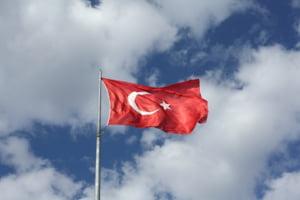 Erdogan face un anunt surpriza: Turcia nu va relua ofensiva in Siria, dupa o intelegere cu Putin