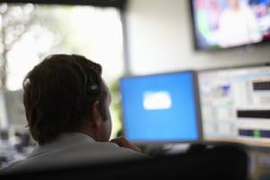 Ericsson da afara mii de oameni in Suedia, dar angajeaza in Romania