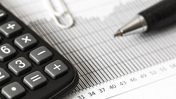 Erste: Economia romaneasca se va contracta cu 4,7% anul acesta