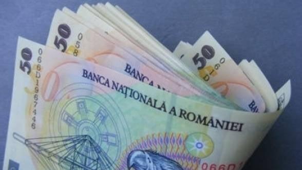 Esec major in sistemul bancar: Numarul romanilor care isi tin banii acasa, in crestere