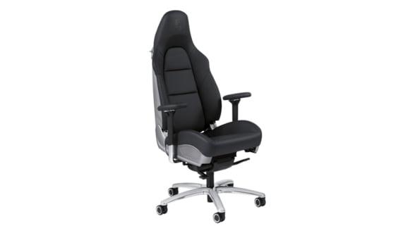 Esti blocat la birou? Macar stai pe un scaun de Porsche 911 (Video)