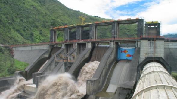 Euro Insol: Aproximativ 10% din angajatii Hidroelectrica ar putea fi concediati