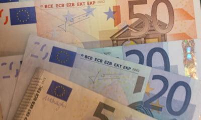 Euro a ajuns la cel mai mare nivel din istorie, din cauza crizei declansate de PSD