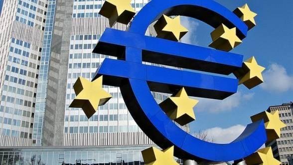 Euro a inregistrat cea mai mare crestere dupa luna mai