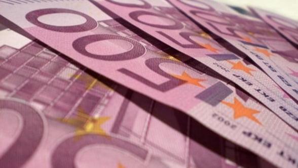 Euro aniverseaza un deceniu. La multi ani cu austeritate!