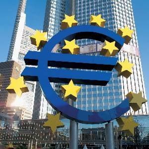 Euro ar putea circula in paralel cu leul