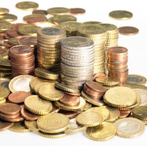 Euro isi revine in urma masurilor luate pentru salvarea sistemului bancar
