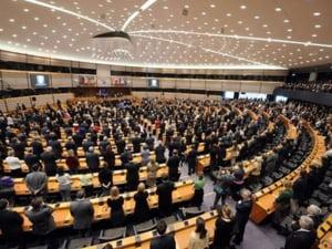 Eurodeputatii resping permisul unic de munca