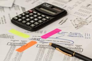 Euroins si City Insurance, amendate de ASF pentru plata cu intarziere a despagubirilor aferente politelor RCA