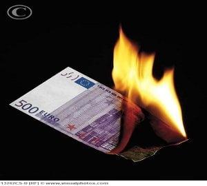 Europa sfideaza criza! Vezi excentrica lista de cumparaturi a UE
