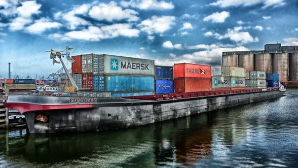 Eurostat: Cele mai mari porturi europene de marfuri sunt Rotterdam, Anvers si Hamburg