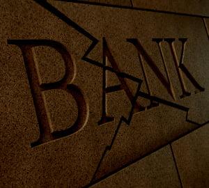 Exista destui bani pe planeta pentru salvarea bancilor?