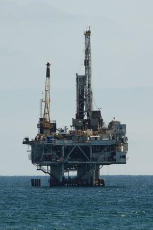 Expert in energie: Daca statul nu face publice datele privind gazele din Marea Neagra, pot trece ani pana sa aflam daca Legea offshore e buna sau nu