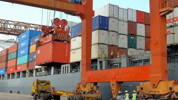 Exporturile romanesti isi vor domoli ritmul de crestere in 2012