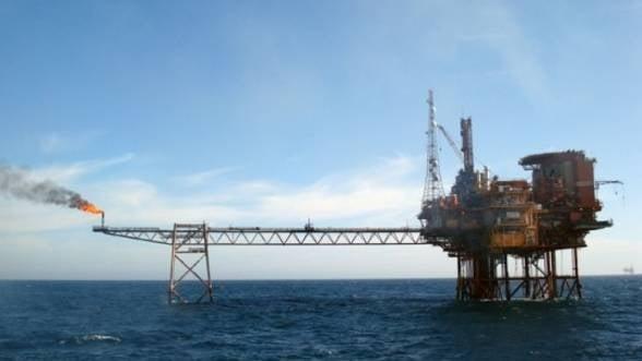 """Exxon """"pompeaza"""" 15 milioane de dolari in Marea Neagra"""