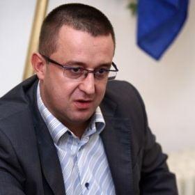 FISCUL executa silit bancile straine din Romania
