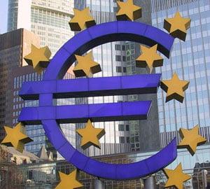 FMI: Est-europenii ar trebui sa treaca la euro
