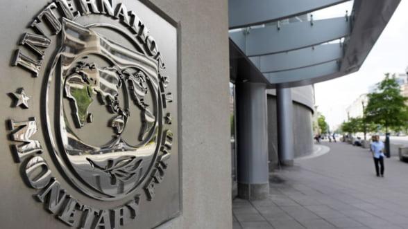 FMI: Sectorul financiar este ''subtaxat'' si trebuie sa-si plateasca partea din criza
