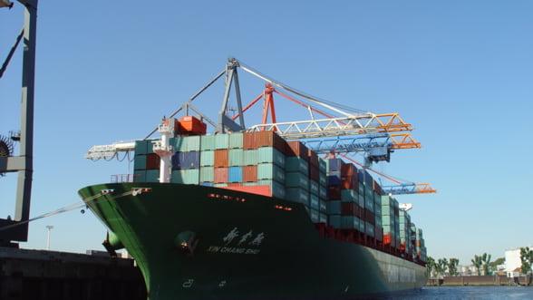 FMI, prea optimist? Cea mai mare firma de transport naval spune adevarul despre comertul global