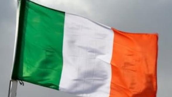 FMI aproba eliberarea unei transe de 1,27 miliarde de dolari pentru Irlanda