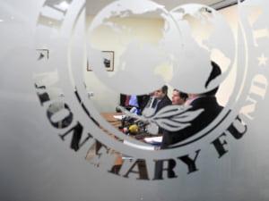 FMI ar putea revizui deficitul de cont curent pentru Romania