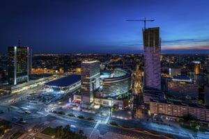 FMI avertizeaza: Economia Poloniei inca merge bine, dar populismul poate strica totul