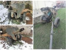 FOTO Ce mai vand romanii pe internet. Un craiovean ofera un tun din al Doilea Razboi Mondial in schimbul a 3.000 de euro