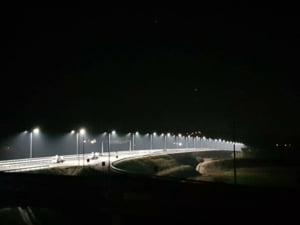 FOTO Primele teste de lumini pe lotul 1 al Autostrazii Sebes - Turda. Cum arata iluminat podul de peste raul Mures