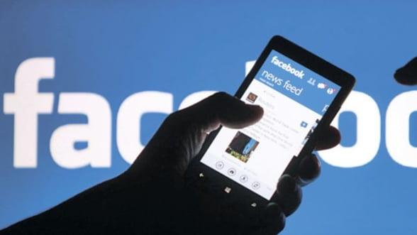 Facebook: Peste 17.000 de utilizatori acuza reteaua de incalcarea confidentialitatii