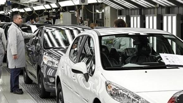 Familia Peugeot a convenit un plan de salvare de 5,3 miliarde euro