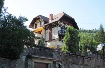 Familia Rusanu scoate la vanzare vila Stejarul din Sinaia, un monument de arhitectura